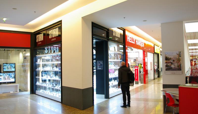PRODEJNA STORM LONDON   Návrh a realizace interiéru prodejny hodinek a  šperků v obchodním centru Chodov v Praze ee7bc447bd